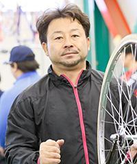 山崎芳仁選手
